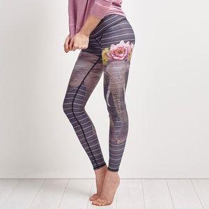Teeki Love the Elephant Hot Pant Size Medium